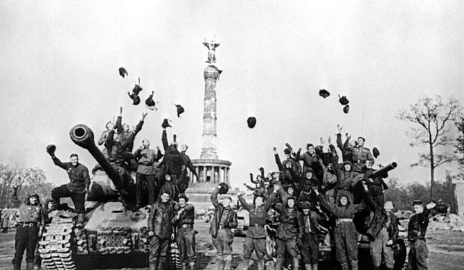 """Huyền thoại về """"Gã đàn ông không có bóng"""" của Liên Xô trong Thế chiến thứ 2"""